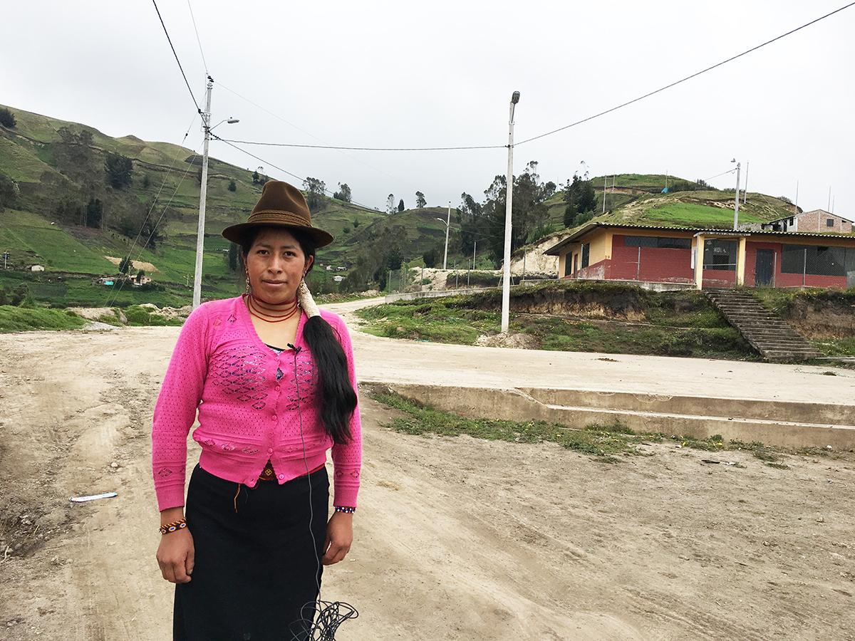 Más de dos mil beneficiarios con proyectos de la EERSA en Colta