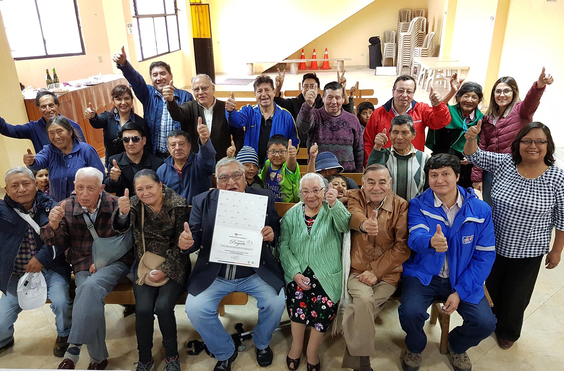 San Vicente de Luisa recibió proyecto eléctrico de la EERSA