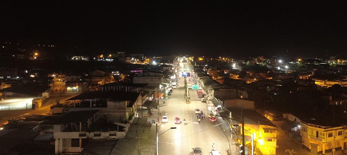 EERSA instaló luminarias LED en Cumandá