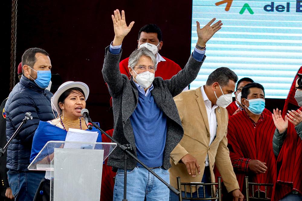 Presidente Lasso entregó financiamiento para proyectos eléctricos en Chimborazo